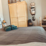 kitesurf guesthouse huelva COMFORT ROOM - grey room